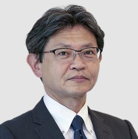 Маекава је председник Ессек Фурукава Магнет Вире Јапан. Био је заменик дивизијског менаџера дивизије Магнет Вире у компанији Фурукава Елецтриц Цо., Лтд (Јапан) и придружио се компанији Ессек Фурукава на најави заједничког улагања у октобру 2020. године. Са Фурукава Елецтриц Гроуп ради од 1984. године, глобални развој пословања ових година у Токију и Лондону у Великој Британији. Поред тога, Маекава је био генерални директор, Одељење за планирање при главном директору маркетинга од 2012-17. Дипломирао је економију на Универзитету Нагоиа у Јапану.